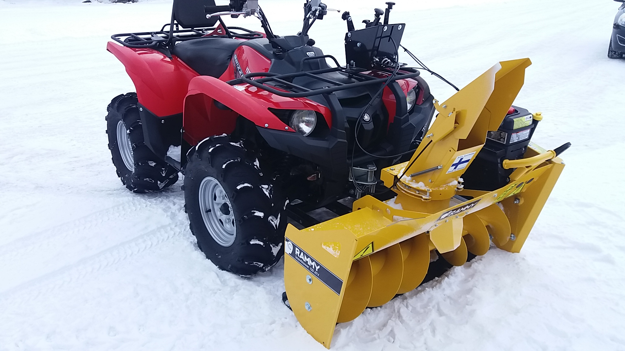 Yamaha Grizzly  In Snow